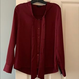 The Limited wine size S work blouse
